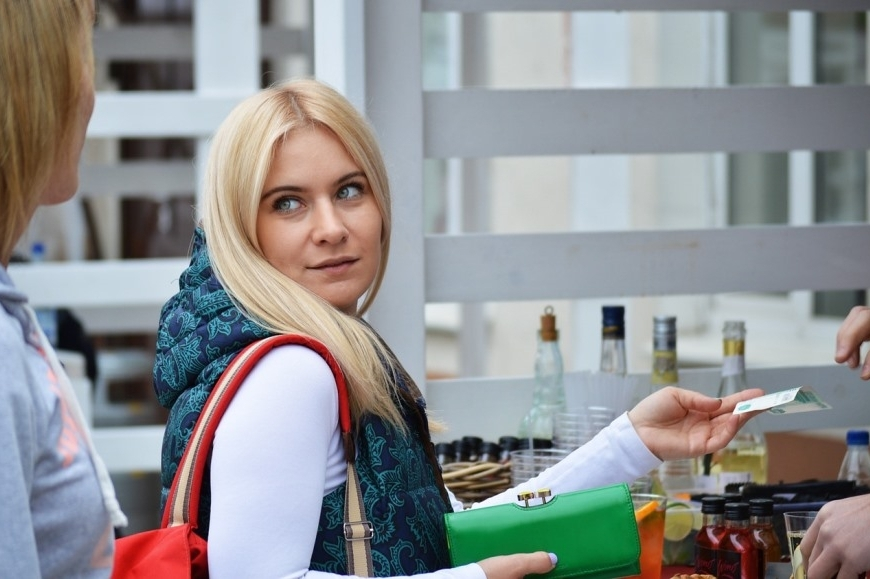 Pagamenti in denaro contante per i turisti stranieri - Legge di bilancio 2019