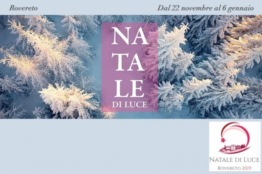 """Mercatino """"Natale di Luce"""" a Rovereto: vantaggi per gli associati"""